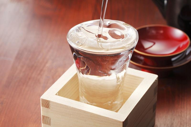 日本酒の「甘口」「辛口」問題。日本酒度とは一体何なのか