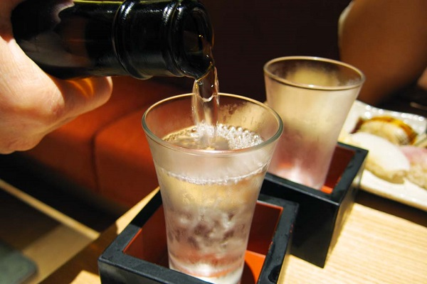 10月1日は全国一斉日本酒で乾杯!っていうけど、なんで??