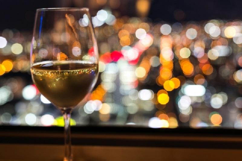 ワイングラスで日本酒は気取り屋?なんて先入観はもう古い!!